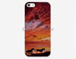 """Чехол для iPhone 5S/5 """"Wild horses"""""""